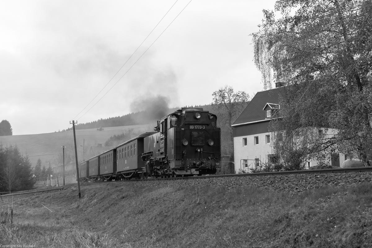 http://www.cargonautus.de/Bilder/Dampflok/99_1773_Hammerunterwiesenthal_P1000_KBS518_261018-2.jpg