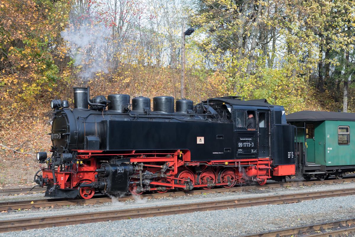 http://www.cargonautus.de/Bilder/Dampflok/99_1773_Oberwiesenthal_KBS518_261018.jpg