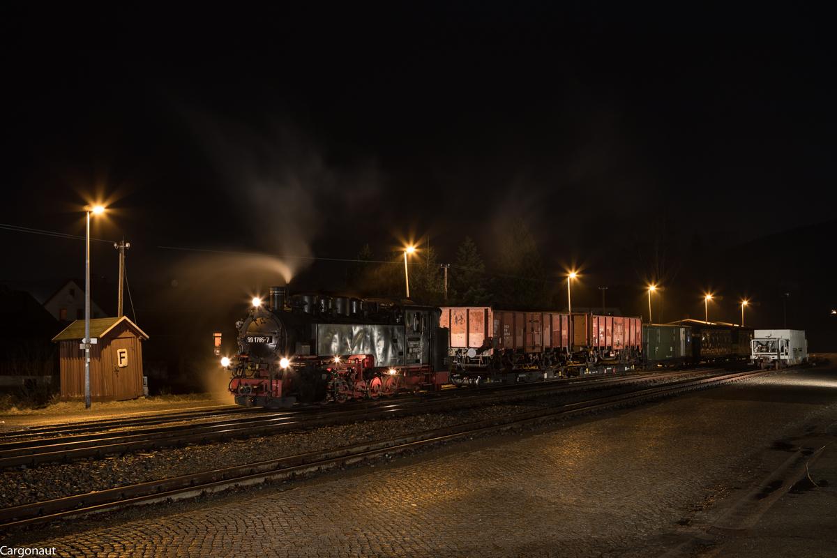 http://www.cargonautus.de/Bilder/Dampflok/99_1785_Neudorf_GmP9001_KBS518_310118.jpg