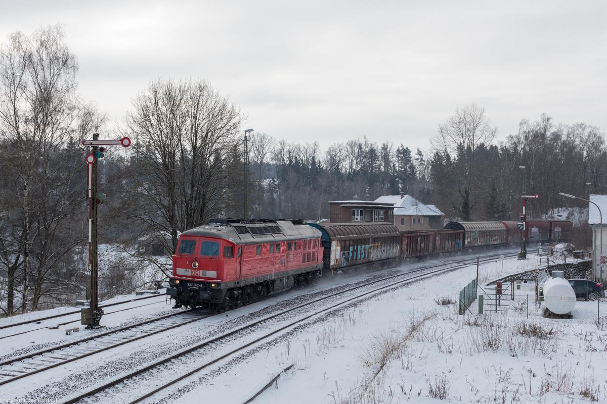 https://www.cargonautus.de/Bilder/Diesel/232_262_Windischeschenbach_51715_KBS855_110221.jpg