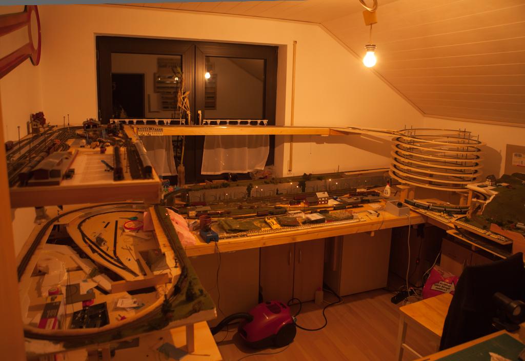 Modellbahnzimmer.jpg